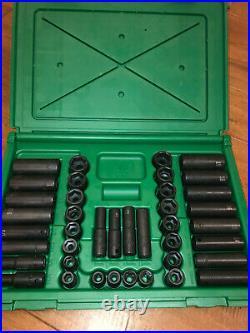 SK Tools 4090 40pc 3/8 Dr. 6pt Standard/Deep Combination Impact Socket Set