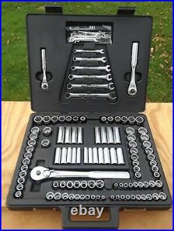 Vintage Craftsman 117pc Metric & SAE Socket Set 1/4 3/8 1/2 Drive 33735 USA